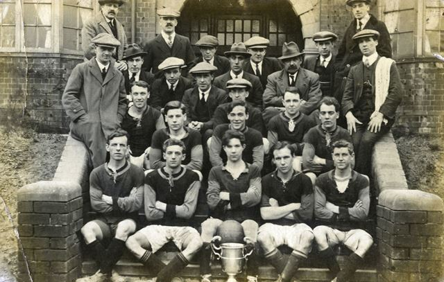 Carr Vale Football Team, c 1925