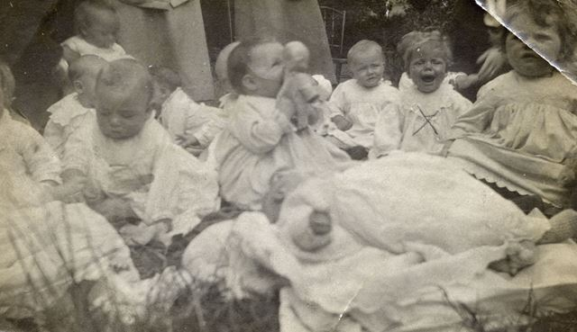 Bonny Baby Competition, Bolsover, 1920