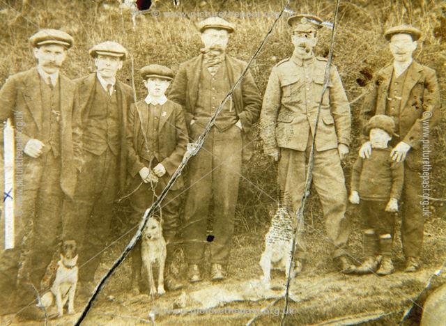 Hunting Party, Bolsover, c 1915