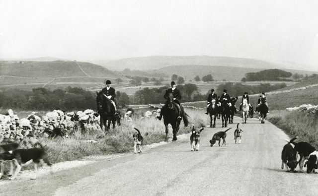 High Peak Hunt, Chelmorton, 1940s ?
