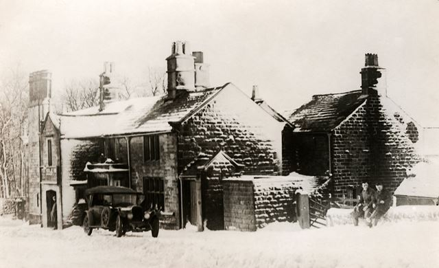 The Fox House Inn in the snow, Longshaw, 1930s ?
