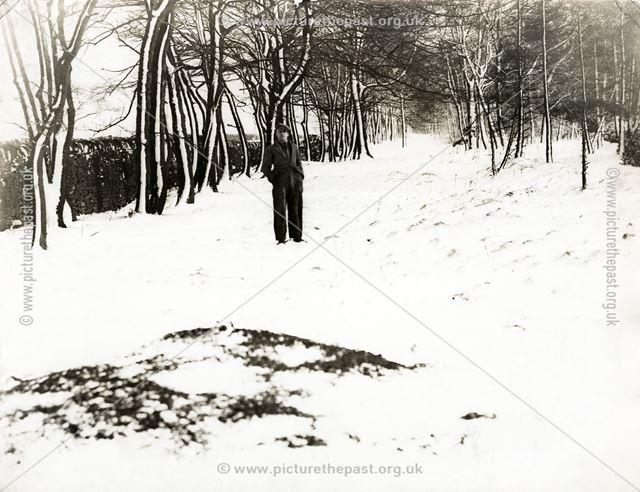 Snow scene at Blacka Moor, Dore, South Yorkshire, 1937