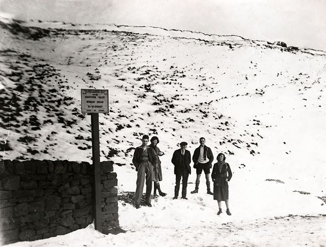 Snow scene at the junction with Doctors Gate, Snake Pass, c 1940s ?