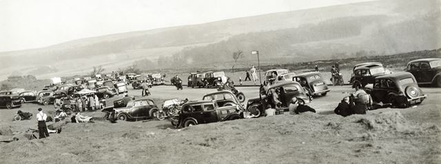 Holiday time at Surprise View, Hathersage, c 1940s ?