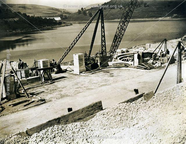 Finishing the construction of Ladybower Reservoir, 1945