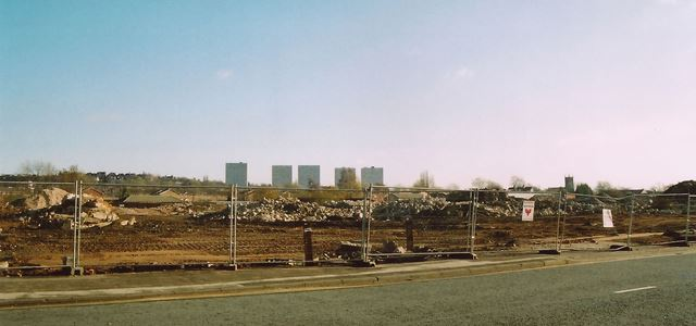 Demolition of Raleigh Cycle Factories, Triumph Road, Nottingham, 2003