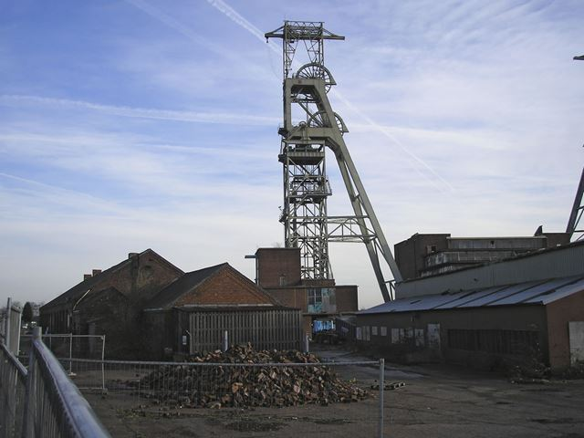 Demolition of Clipstone Colliery, off Mansfield Road, Clipstone, 2007