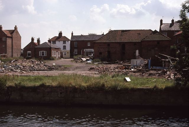 Wakes and Lambs from River view to Mill Gate, Newark, 1987