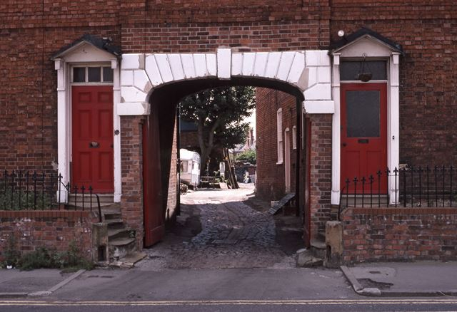 Entrance Yard for Prices Car Repair and Paint Sprayers, Mill Gate, Newark, 1987