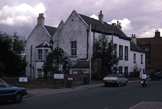 Mill Gate Looking East at End of King Street, Newark, 1987