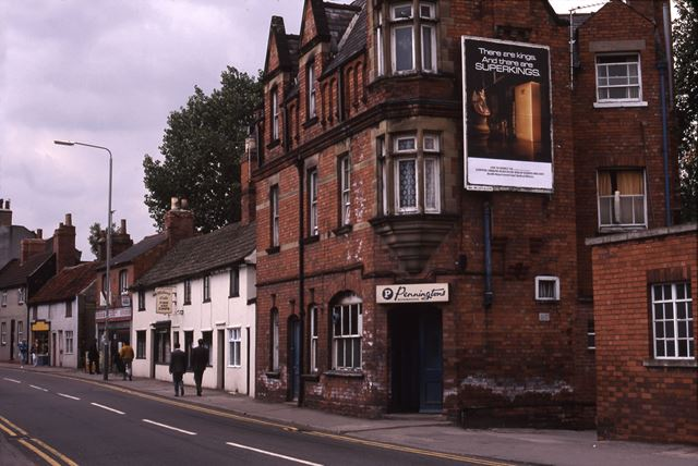 Robin Hood Hotel Looking West, Portland and Victoria Street, Newark, 1987