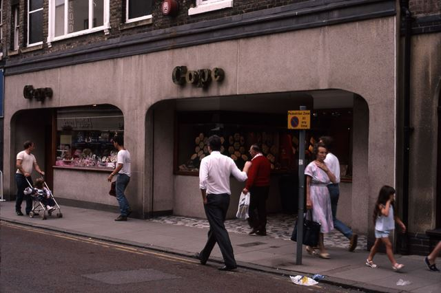 Midland Bank on Market Place, Bridge Street, Newark, 1987