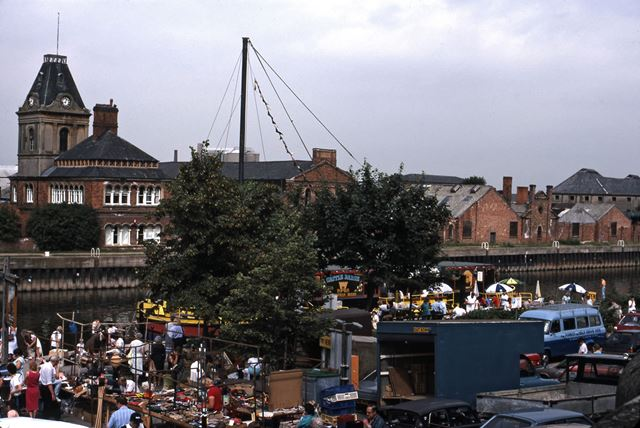 Auctions and Market at Beastmarket Hill, Newark, 1987