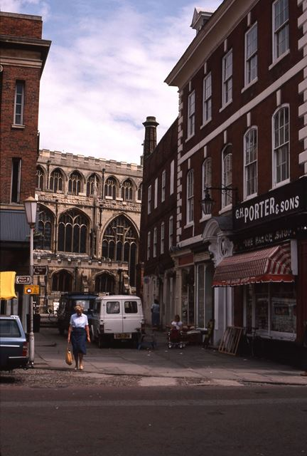 Porter and Sons Bacon Shop and St Mary Magdalene Church, Market Place, Newark, 1987