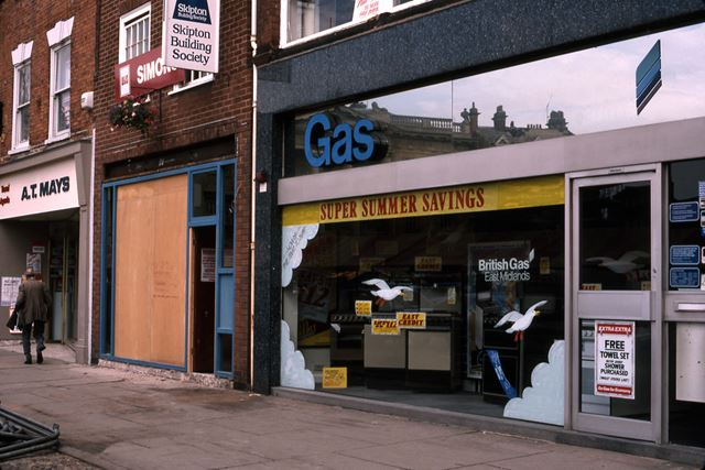 Gas Showrooms and Skipton Building Society, Market Place, Newark, 1987