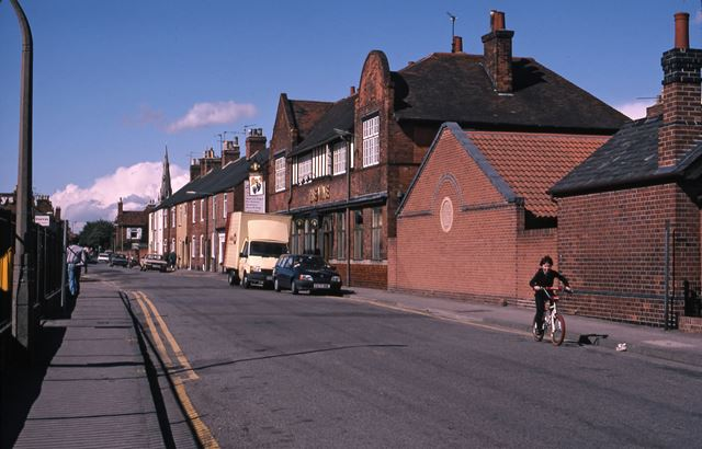Barnby Gate Looking West Towards The Vine (PH), Newark, 1987