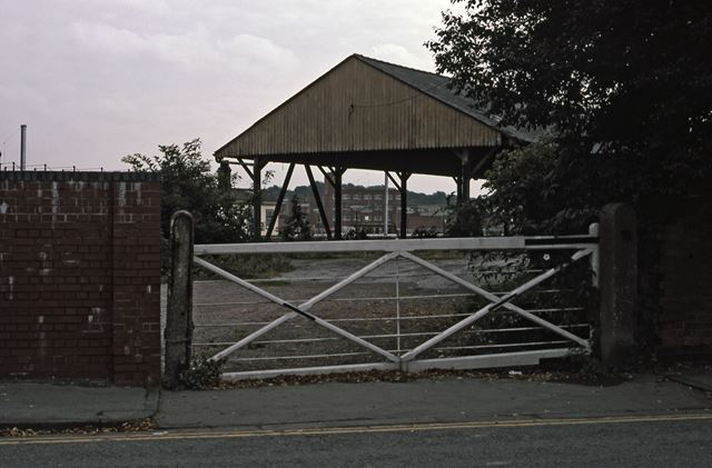 Old Entrance to Rail Goods Yard, Appleton Gate, Newark, 1987
