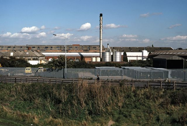 Railway Bridge Looking North with RHP Factory, Beacon Hill Road, Newark, 1987