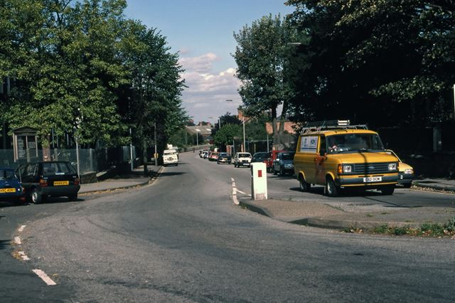 Junction at Beacon Hill Road, Friary Road, Newark, 1987