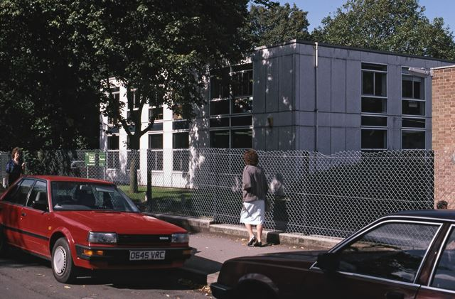Newark Technical College, Bede House Lane, Newark, 1987