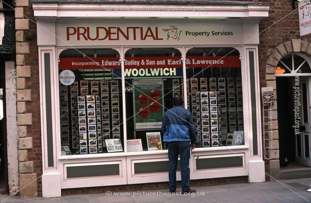 Prudential Estate Agents, Stodman Street, Newark, 1987