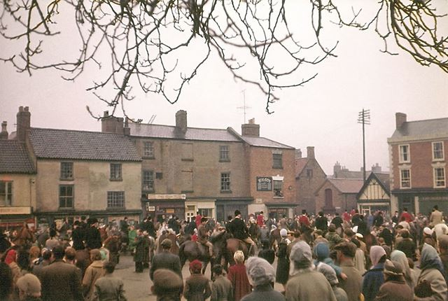 South Nottinghamshire Hunt Boxing Day Meet, Market Place, Bingham, 1958