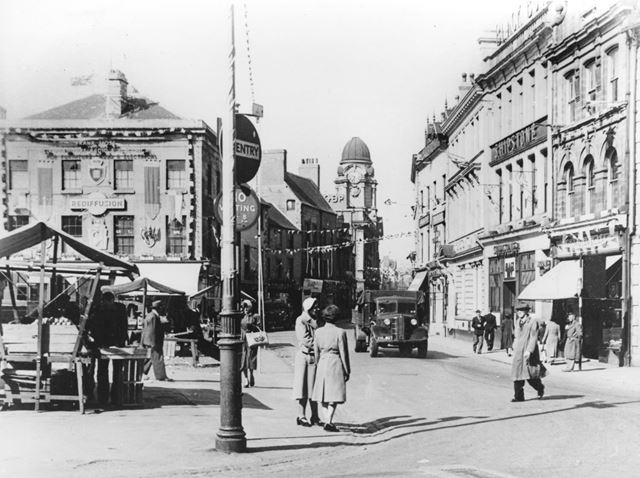 Market Place, Mansfield, c 1953