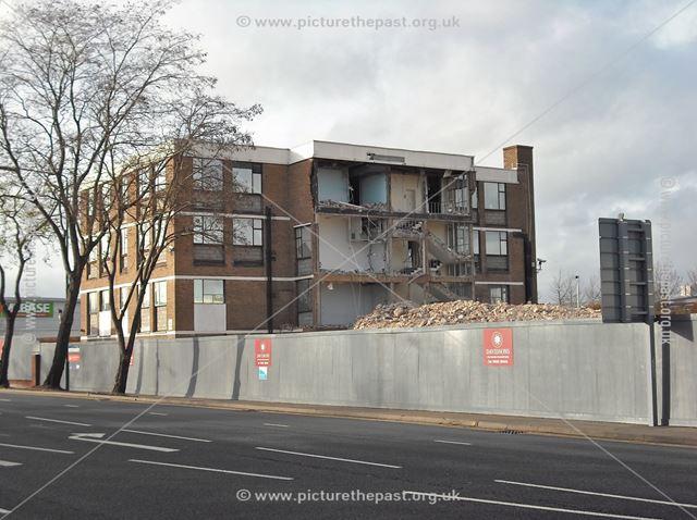 Demolition of Former Office Block, Queen's Drive, Nottingham, 2011