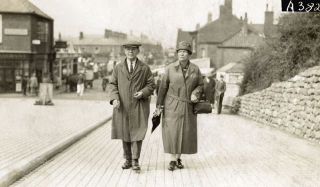 Joseph and Annie Smith, Mablethorpe, Lincolnshire, c 1930