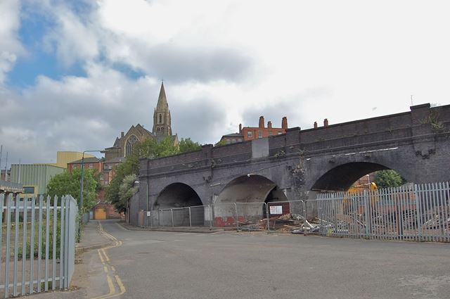 The last remaining stretch of railway arches on Maltmill Lane, Narrow Marsh, Nottingham, 2014