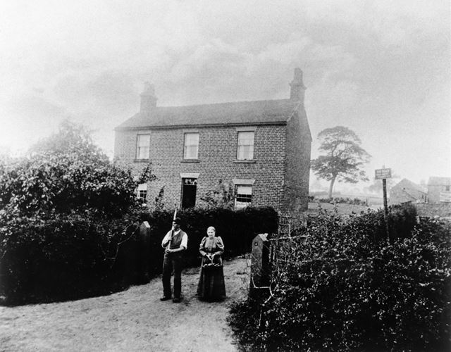 Issac Severn at Denby Lane Farm, Denby, 1898