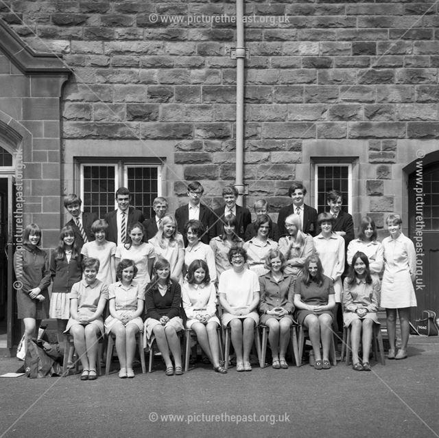 Class Portrait, Herbert Strutt School, Derby Road, Belper, c 1960s