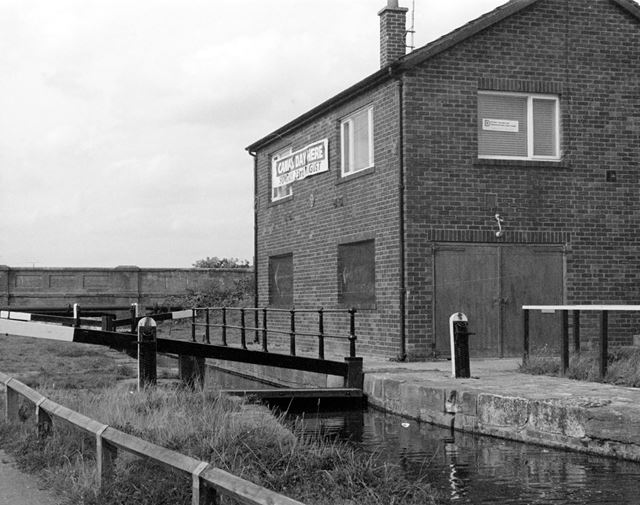 Chesterfield Canal at Lockoford, 1992