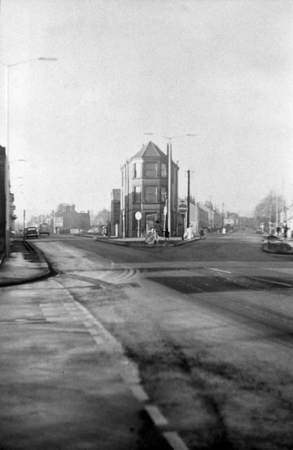Old Road and Chatsworth Road junction - showing the old Police Station