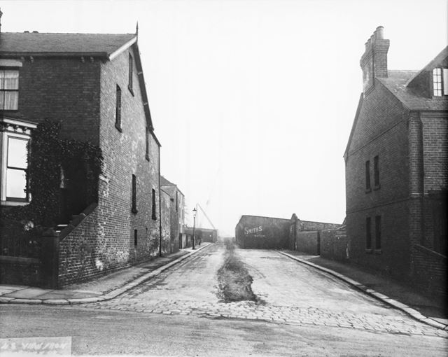 Rose Hill and Clarence Road, Chesterfield, c 1936
