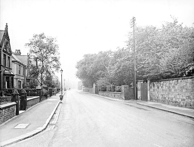 Newbold Road, Chesterfield, c 1930s