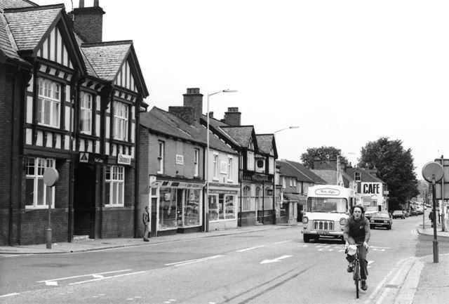 Chatsworth Road Showing The Red Lion pub, Chesterfield, c 1970