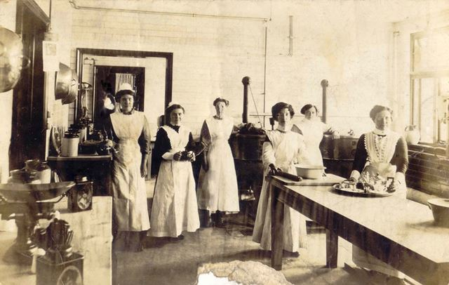 Walton Hosital Laundry, Whitecotes Lane, Chesterfield, c 1913