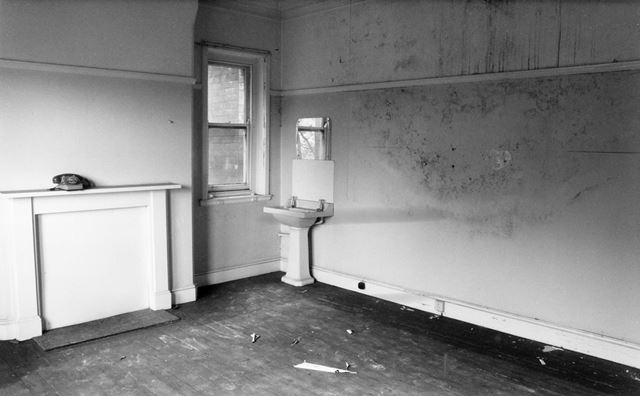 Interior of The Vicarage, Church Lane, Chesterfield, 1984