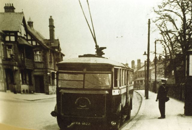 Chesterfield Trolley Bus, Terminus Hotel, Brampton, c 1935
