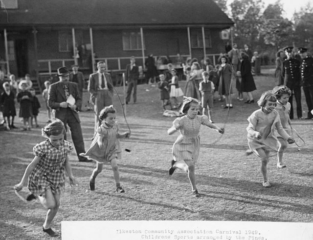 Community Association Carnival - Skipping Race, Children's Sports, Crompton Street, Ilkeston, 1949