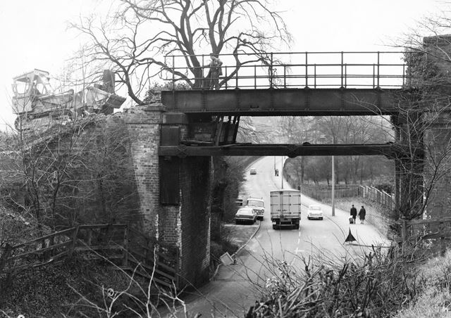 Demolition of railway bridge over Little Hallam Hill, Ilkeston, 1971