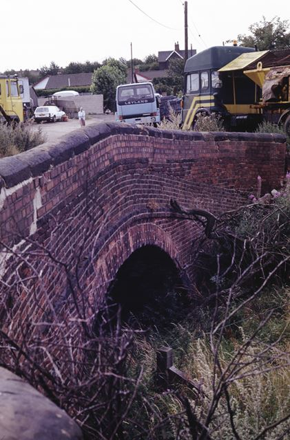 Bridge over the Nottingham Canal at Glasshouse Yard, Awsworth, 1990