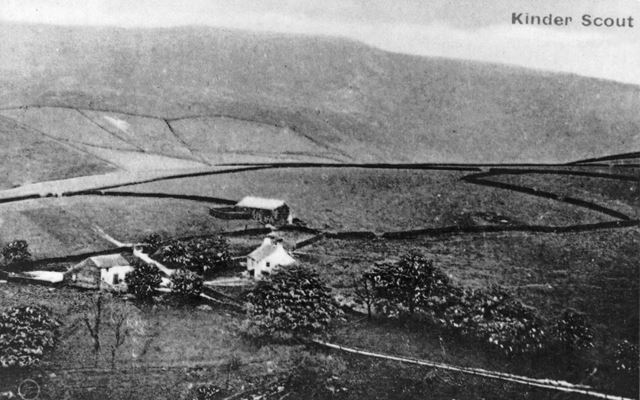 Kinder Scout and Lower House Farm, near Hayfield, c 1910s