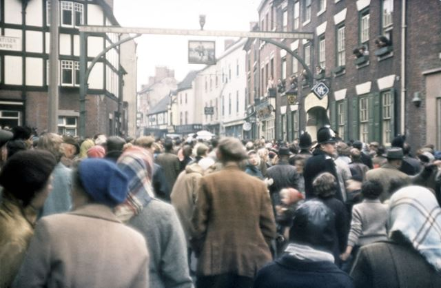 Shrovetide Football Game: Outside the Green Man and Blacks head Hotel, full circle, now back at the