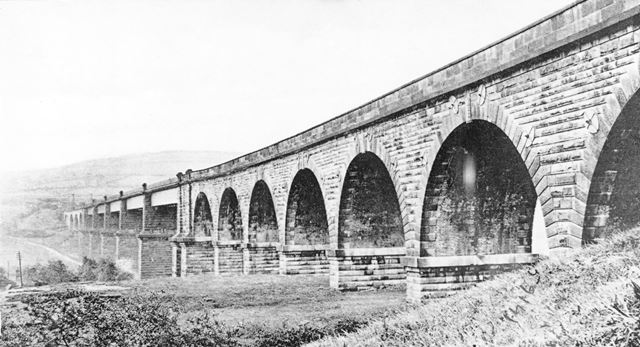 Dinting Arches, Railway Viaduct