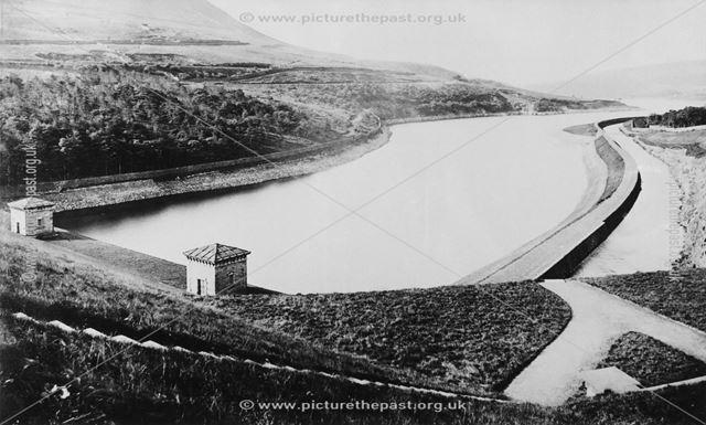 Torside embankment, looking west towards Rhodeswood Reservoir