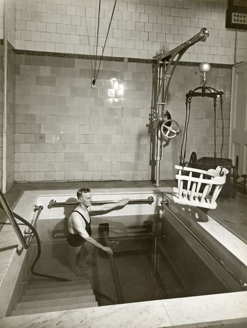 Individual treatment pool, Thermal Baths, The Crescent, Buxton, c 1920