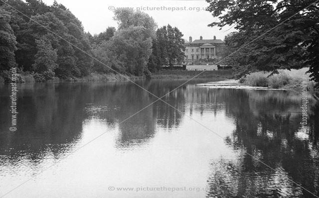 Foremark Hall and lake