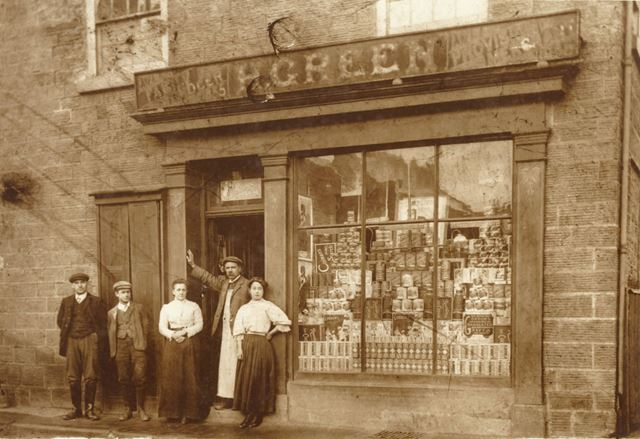 H Green's Grocers shop, and the Green family.